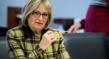 "UNITED STATES - JANUARY 27: Rep. Diane Black, R-Tenn., takes her seat for the House Budget Committee hearing on ""The Congressional Budget Office's (CBO) Budget and Economic Outlook"" on Tuesday, Jan. 27, 2015. (Photo By Bill Clark/CQ Roll Call) (CQ Roll Call via AP Images)"